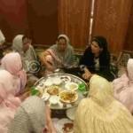 SHELA RAZA HAVINF DINNER WITH LADIES GUIDES.
